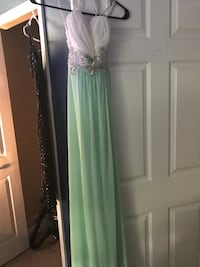 women's green and white sleeveless Sequined top dress West Melbourne, 32904
