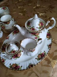 """Royal Albert """"Old Country Roses"""" Entire Set for Six + tea set + s&p Toronto, M1S 0L7"""