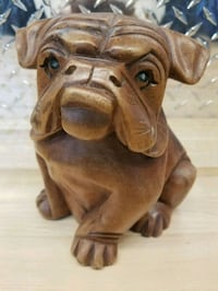 Hand carved wooden bulldog Newmarket, L3Y 2W9