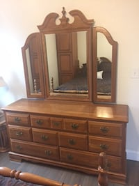 Queen size Bed with Dreser Solid wood - $360          NASHVILLE