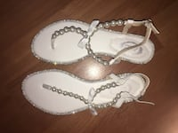 pair of white leather flat sandals Honolulu, 96826