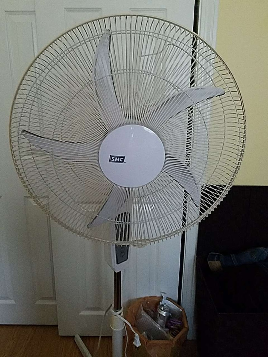 From Smc Stand Fan : Letgo white smc pedestal stand fan in manchester nh
