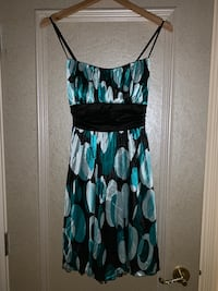 LE CHATEAU DRESS-Size L (WORN ONCE) Calgary, T3H 3C7