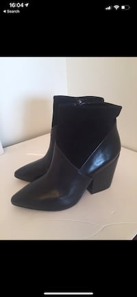 Vince Camuto ankle boots size 10 Toronto, M6H 1L5