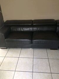 3 piece sectional w/ table 4 chairs Houston, 77057