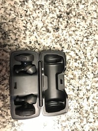 Bose sound sport wireless earbuds and charging case
