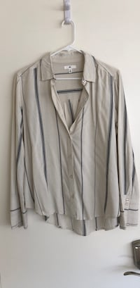 BP SIZE S Gray/ tan striped Hight/low button-up long-sleeved shirt Long Beach, 90803