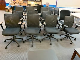 Office chairs / desk chairs