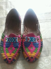 New guaraches woman's size 25MX. US 7.5 or 8