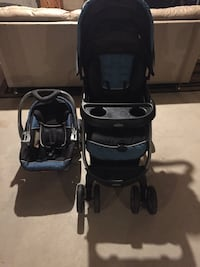 Baby's black-and-blue travel system London, N6E