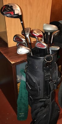 Nike golf clubs & like new bag. lowered price to 100 if you can get them before saturdat march 17 after that i am just going to keep them Arlington, 22203