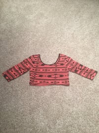 Pink Aztec crop top/cropped sleeve size AM Dallas, 75287