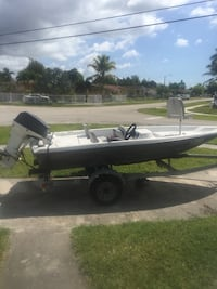 14 foot bass boat carbs cleaned run great fast Miami, 33177