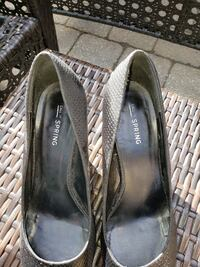 Ladies dress shoes size 8  Mississauga