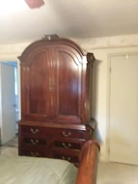 brown wooden dresser with mirror Albany, 12210