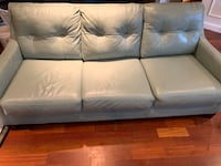 Leather Couch TEMPLEHILLS