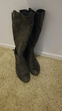 Bass boots size 9.5 charcoal  Winchester, 92596