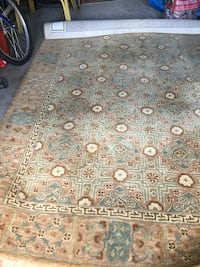 Beautiful carpet/ tres beau tapis   2m40 sur 1m50 732 km