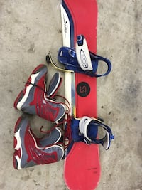 Sims board with burton bindings and boots Chatham-Kent, N0P 1A0