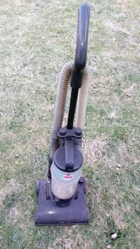 black and gray upright vacuum cleaner Sharpsville, 16150
