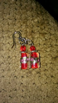 red and silver beaded earrings 353 mi