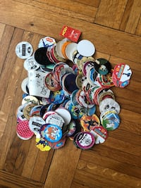 Lot de  pogs Paris, 75116