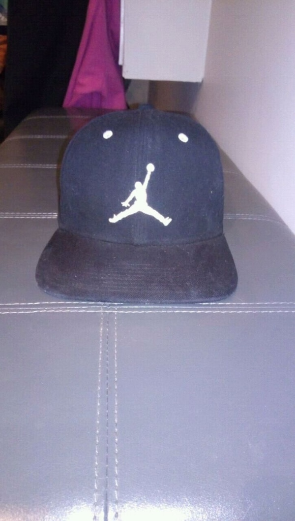 fa4011176069 Used Black Air Jordan Hat for sale in Barrie - letgo