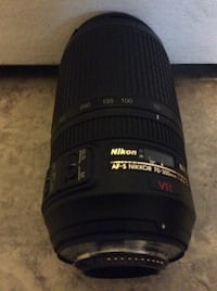 LIKE NEW NIKON 70-300 AF-S $280 OR BEST REASONABLE OFFER
