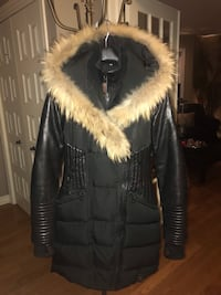 Black and brown fur zip-up parka jacket Quebec City, G3A 2K7