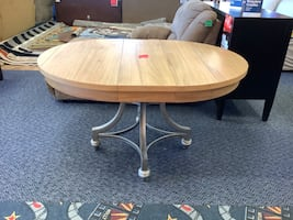 New Sagvenay Round Extendable Dining Table