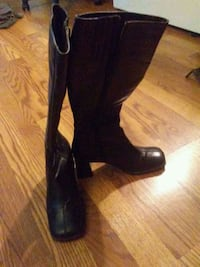 Woman's Real... Italian leather boots Edmonton, T5X 6G1