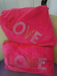 red and sequined love throw blanket and pillow Montgomery Village, 20879