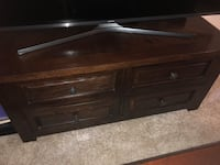 Lift top coffee table, cherry wood North Bethesda