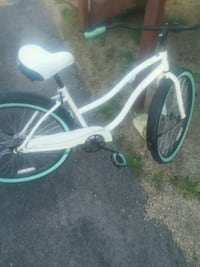 white and green Beach old school huffy cruiser Orland Hills, 60487