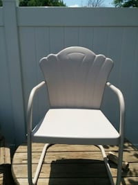 white and gray metal armchair Hampstead, 21074