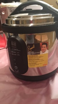 electrical pressure cooker brand new. never use