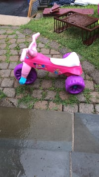 toddler's pink and white trike Falls Church, 22042