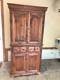 brown wooden 4-door cabinet Fort Wayne, 46835