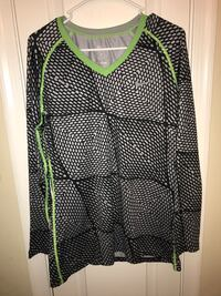 Women's Nike workout top Germantown