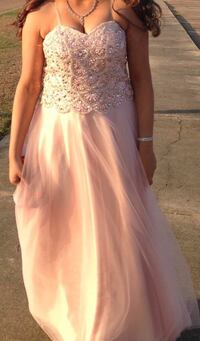 Size 9/10 long dress pinkish Pearl, 39208