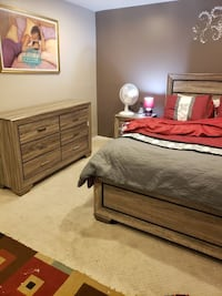 Complete**Queen Driftwood Bed SET** SALE**FREE Drop off**NO Credit Needed**