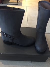 New leather motorcycle boots size 8 544 km