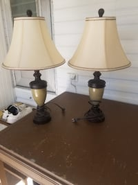 2 table lamps Fort Myers Beach, 33931