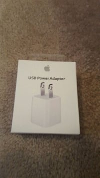 Apple Lightning USB cable and Wall ch Mississauga, L5W 0E7