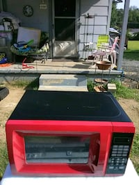 red and black microwave oven Jacksonville, 72076