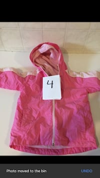 Pink and red zip-up hoodie size 4 Montreal, H1E 5E5