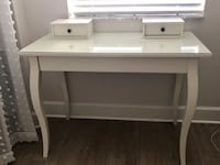 Off white Vanity with drawers  West Palm Beach, 33411