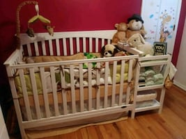 4 in 1 white crib with changing table