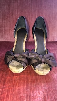 Size 6 boutique heels Lowell, 01851