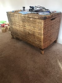 Wicker storage basket (large) Falls Church, 22046